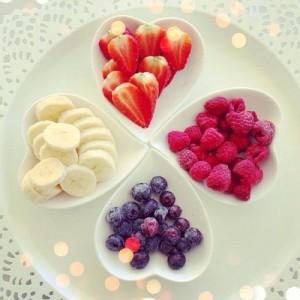 banana-blueberries-delicious-food-Favim_com-2521957